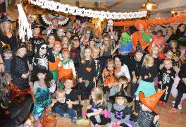 Halloweenský karneval s animačním programem